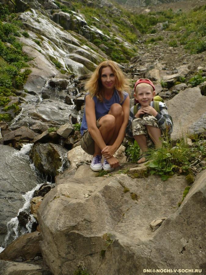 у Медвежьего водопада