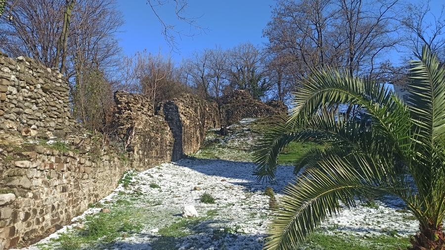 крепость Багу фото