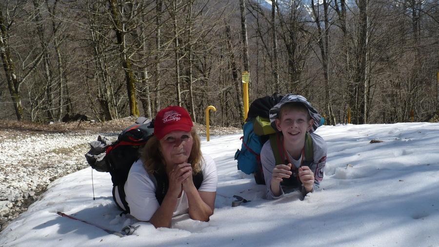 туристы на снегу