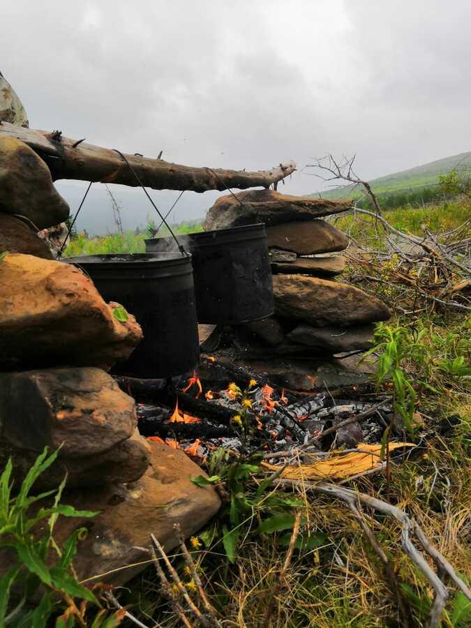 приготовление обеда в походе